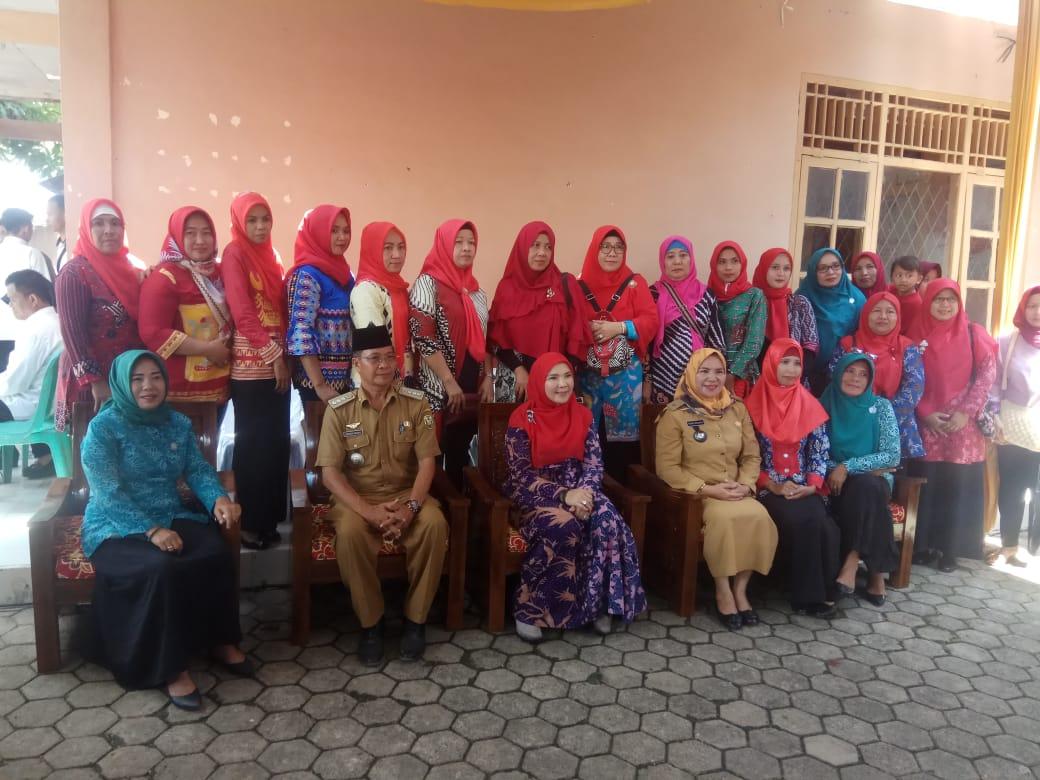 """""""Hj Eva Dwiana Herman HN """" Hadiri Temu Pengurus Tim Penggerak PKK Di Kelurahan Rajabasa Raya Bandar Lampung"""